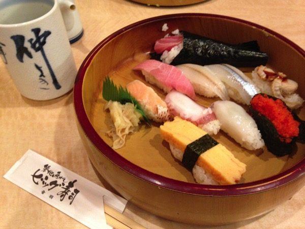 ビッグ寿司ランチ
