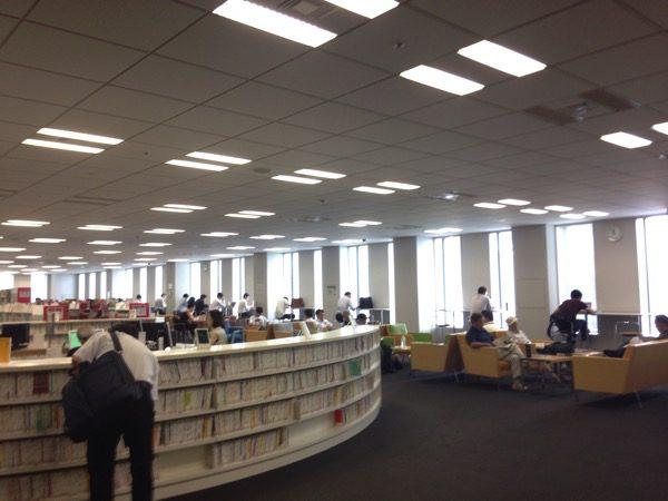 千代田図書館でノマド作業